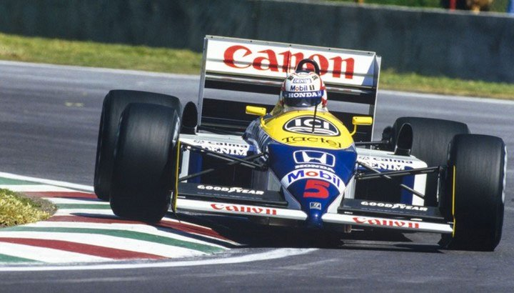 Tại sao các tay đua F1 phải nằm khi lái xe?