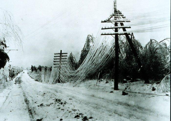 Tại sao chúng ta không ngầm hóa hết dây điện?