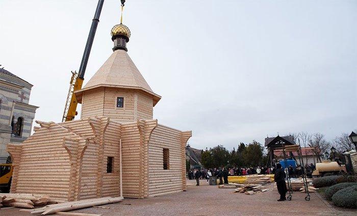Tại sao người Nga cổ đại lại có truyền thống xây dựng nhà thờ một ngày?