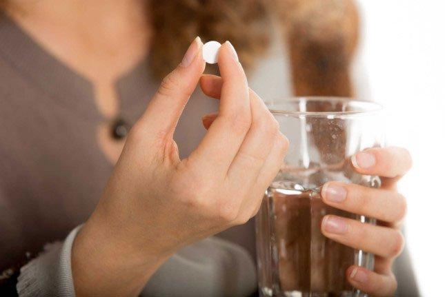 Tại sao những viên thuốc bé nhỏ đôi khi lại khó nuốt đến như vậy?