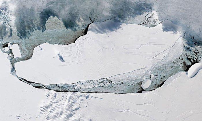 Tảng băng trôi lớn nhất thế giới sắp tiến vào Đại Tây Dương