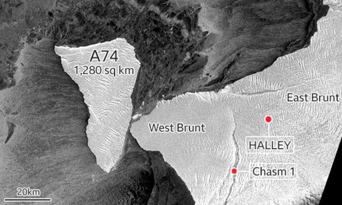 Tảng băng trôi rộng 1.280km2 va vào bờ biển châuNam Cực