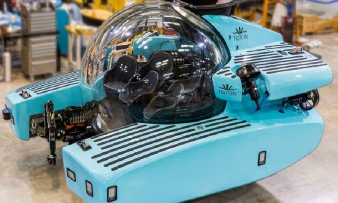 Tàu ngầm trong suốt có thể lặn sâu 1.000m