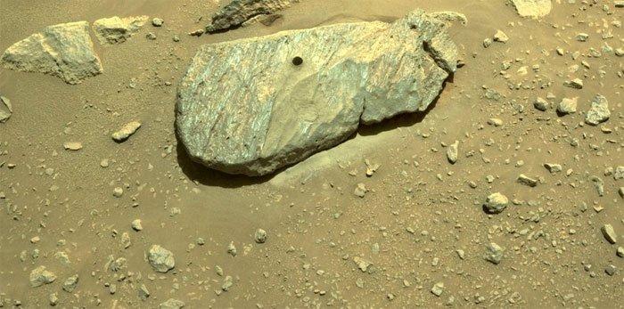 Tàu thám hiểm Perseverance đã lấy được mẫu đất đá trên sao Hỏa