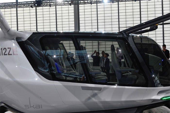 Taxi bay đầu tiên trên thế giới dùng khí hydro
