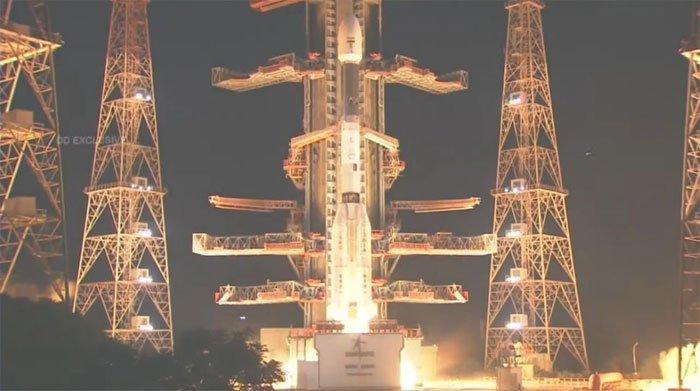 Tên lửa Ấn Độ gặp sự cố thảm khốc khi phóng vệ tinh theo dõi Trái đất