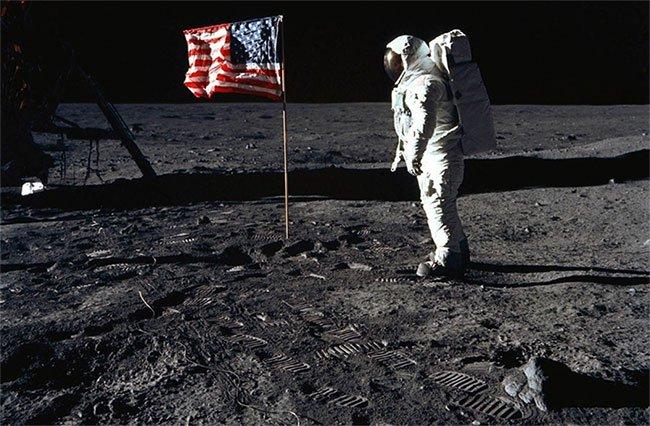 Thang máy không gian sẽ kết nối Trái đất với Mặt trăng