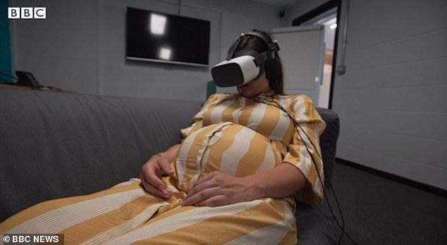 Thiết bị thực tế ảo giúp phụ nữ giảm cơn đau đẻ
