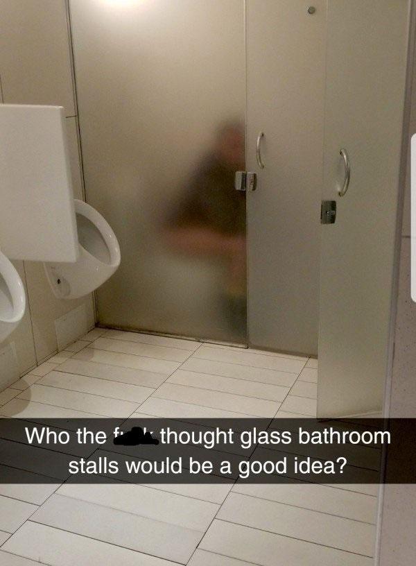 Thiết kế siêu thảm họa của 10 WC này khiến bạn tự nhủ thà nhịn còn hơn
