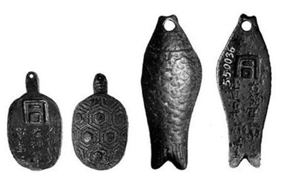 Thời cổ đại, con người đã chứng minh thân thế như nào?