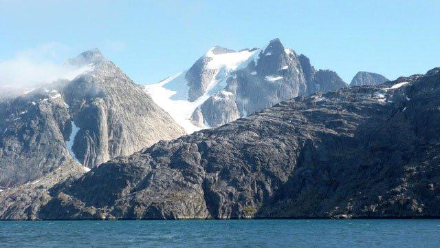 Thông tin gây sốc về miệng núi lửa lâu đời nhất thế giới