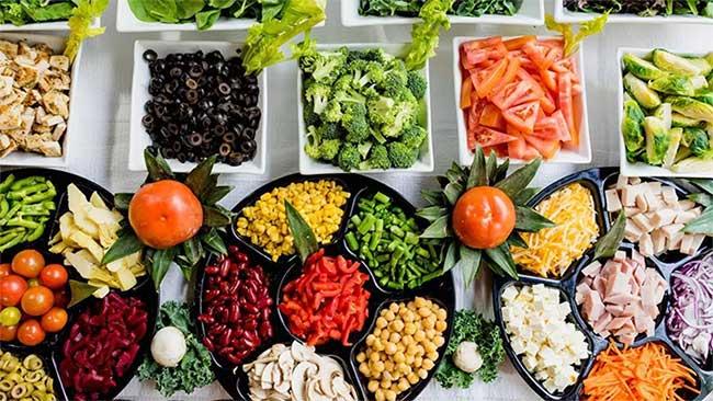 Thức ăn có thể để ở nhiệt độ phòng trong bao lâu?