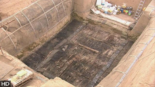 Tìm thấy tượng lạc đà bằng vàng nguyên khối gần lăng mộ Tần Thủy Hoàng