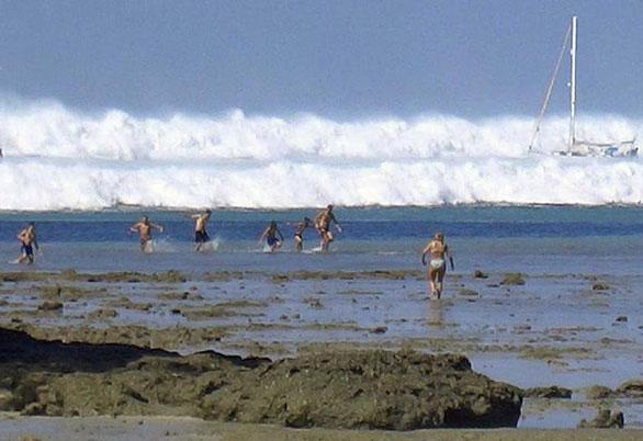 Tốc độ sóng thần khủng khiếp đến mức nào?