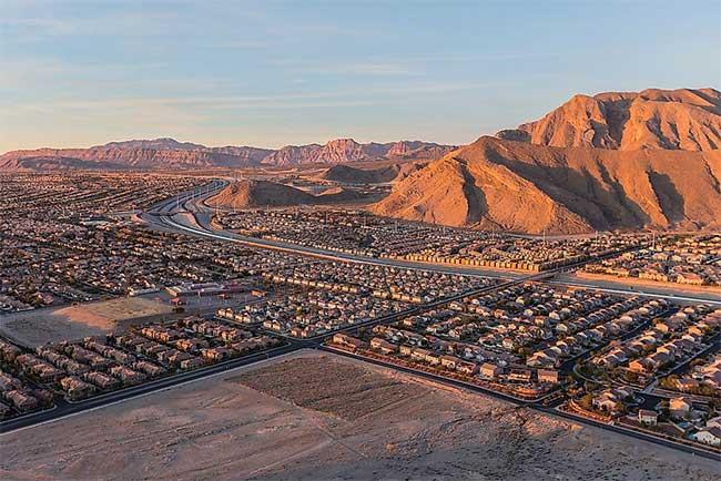 Top 10 thành phố sa mạc sầm uất nhất thế giới