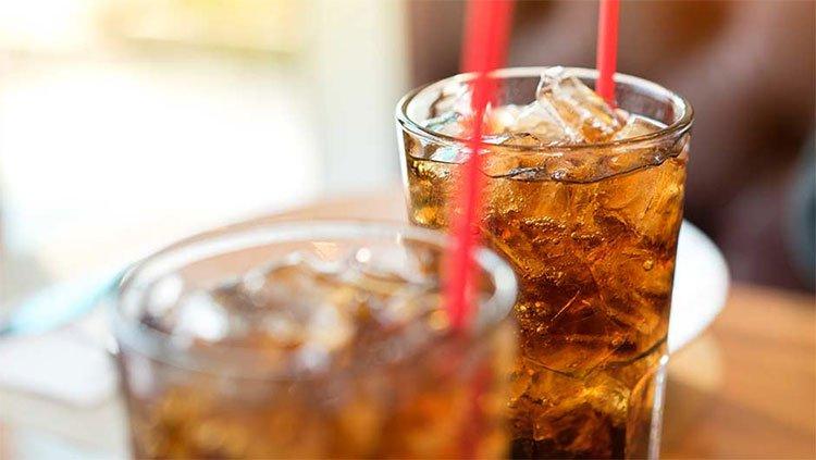 Top 4 loại nước hại sức khỏe không nên uống ngay sau khi thức dậy