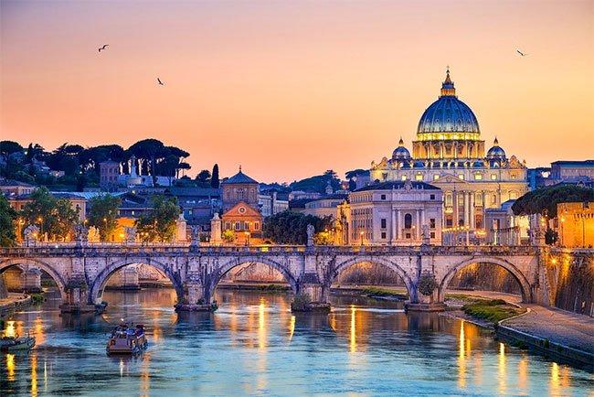 Top 7 sự thật thú vị của thành phố khai mạc Euro 2020