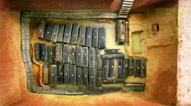 TQ: Lăng mộ chôn 46 cô gái khỏa thân và điều gây sốc đằng sau