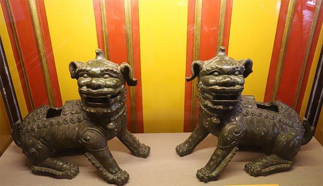 Trưng bày cổ vật thời vua Minh Mạng
