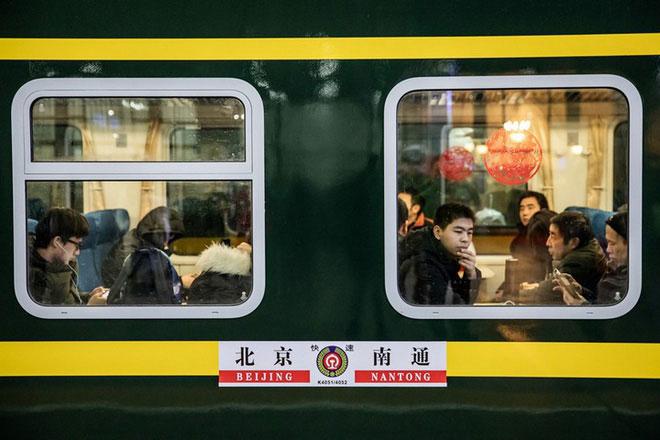 """Trung Quốc bắt đầu cuộc """"xuân vận"""": 3 tỷ chuyến đi trong vòng 40 ngày tới để về nhà ăn Tết"""