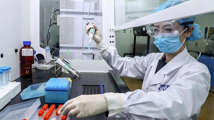 Trung Quốc khoe vắc xin chống được mọi chủng virus corona trên thế giới