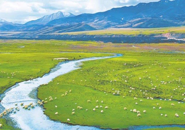 Trung Quốc sắp xây xong công viên 123.000 km2 trên mái nhà của thế giới