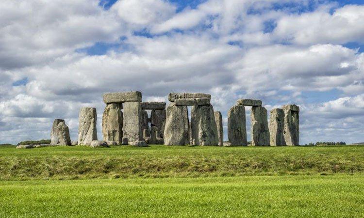 Vật liệu giúp người cổ đại vận chuyển hàng tấn đá xây Stonehenge