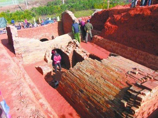 Vật táng trong ngôi mộ thời Tam Quốc hé lộ sự thật đen tối trong lịch sử giai đoạn này