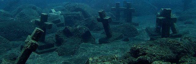 Vẻ đẹp vừa hút hồn, vừa rùng rợn của những địa điểm nổi tiếng nhất dưới lòng đại dương