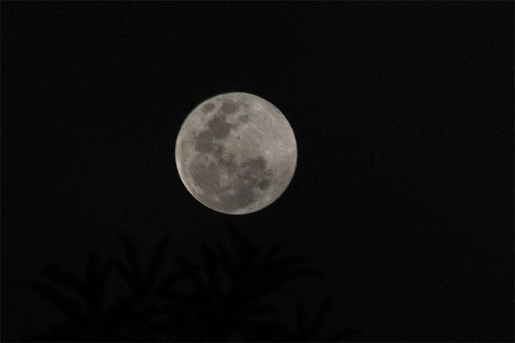 Vì sao đêm qua không quan sát được siêu trăng ở Hà Nội?