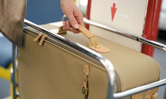 Vì sao hành lý xách tay thường phải nhỏ hơn 7kg?