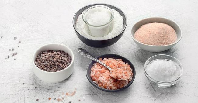 Vì sao muối cũng có hạn sử dụng?
