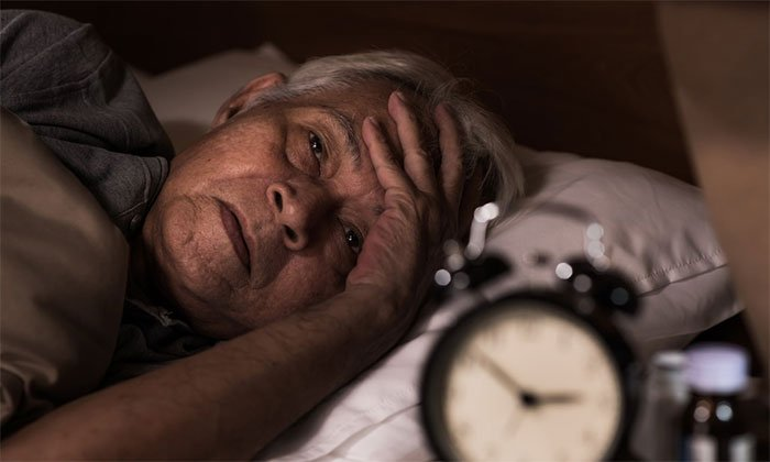 Vì sao nhiều người thức giấc lúc nửa đêm?