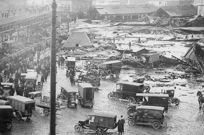 Vụ nổ lạ lùng nhất trong lịch sử, 14.000 tấn mật phát nổ, 21 người chết vì ngạt mật