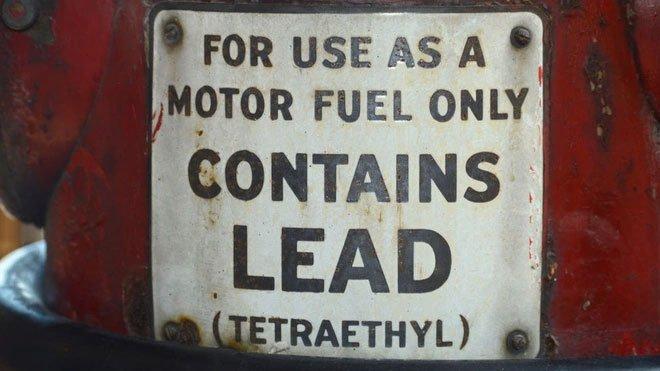 Xăng pha chì nguy hiểm thế nào mà bị ngừng sản xuất trên toàn cầu?