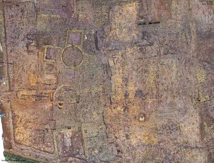Xây nhà, lọt vào mê cung 1.900 tuổi là kho báu có 1 không 2 trên thế giới