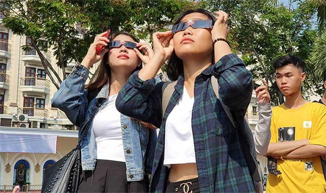 Xem nhật thực cuối cùng của thập kỷ ở Việt Nam