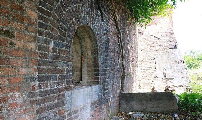 """Xuất hiện 2 cổng thành """"bí ẩn"""" tại Kinh thành Huế"""