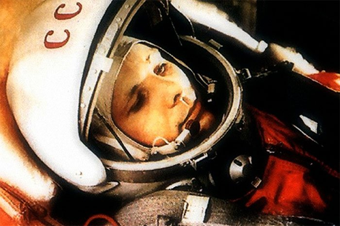 Yuri Gagarin như đang cưỡi một quả bom