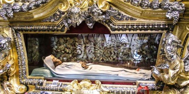 Bất ngờ về cái chết của nữ thánh thời Trung cổ St Rose