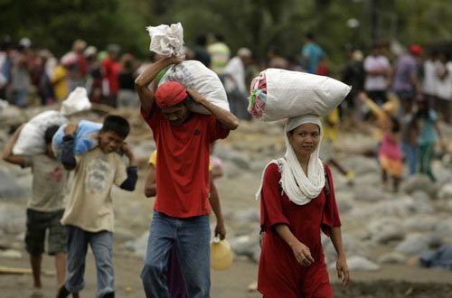 1500 người chết do bão Washi