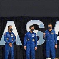 18 phi hành gia được NASA huấn luyện để hạ cánh trên Mặt trăng