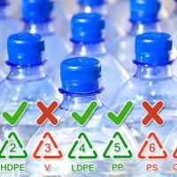 2 bí mật về chai nhựa đựng nước mà nhiều người sẽ ước rằng