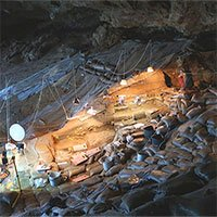200.000 năm trước, con người đã thích nằm ngủ trên giường hơn là nằm đất