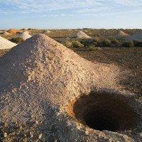 3500 người sống trong thị trấn dưới lòng đất ở Australia