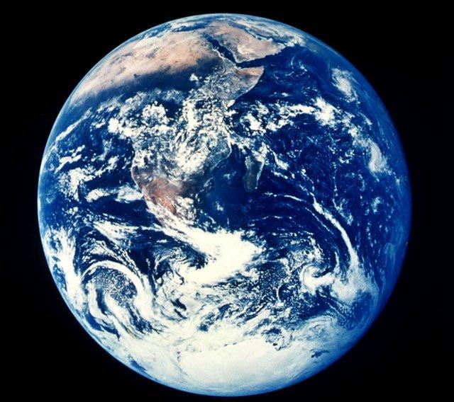 'Loài người phải tìm một hành tinh nữa'