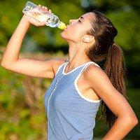 4 hiểu sai cực nổi tiếng và dai dẳng về uống nước