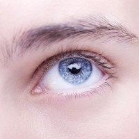 48 ca ung thư mắt bí ẩn khiến bác sĩ bối rối