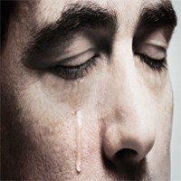 5 lý do vì sao mọi người đàn ông cần phải học cách khóc?
