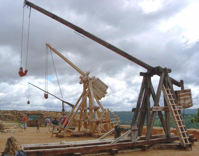 5 phát minh vũ khí tuyệt đỉnh thời Trung cổ